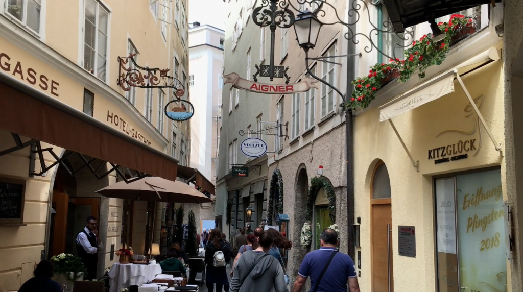 Goldgasse, Salzburg, Austria